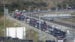 Снимка: По пътищата към София се очакват близо 300 000 автомобила