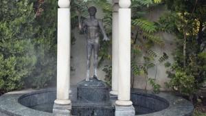 МВР показа бронзовата статуя на Аполон Медикус, която бе открадната