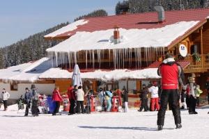 Масов данъчен контрол започва в зимните курорти в началото на