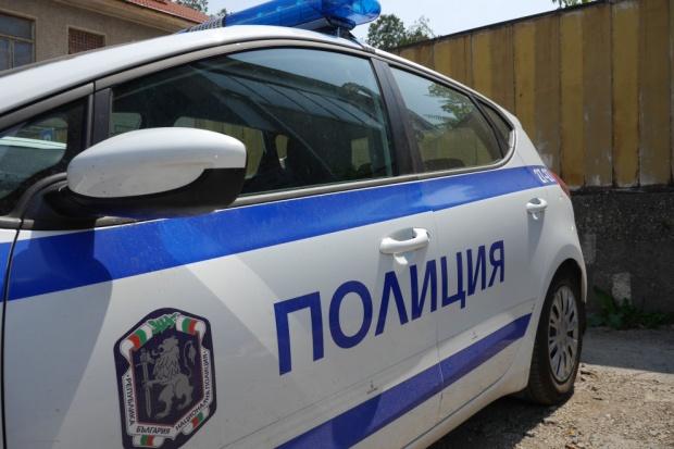 Полицаи се борят с битовата престъпност в област Търговище