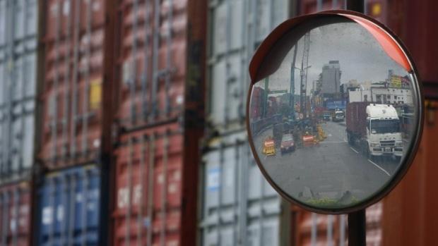 Износът на България за ЕС се увеличава с 10%