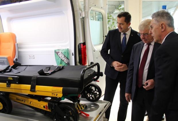 Кирил Ананиев: Първите 2 линейки, закупени по проекта за модернизация на спешната помощ, са за София