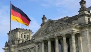 Въздушният трафик в Германия ще бъде объркан във вторник сутринта