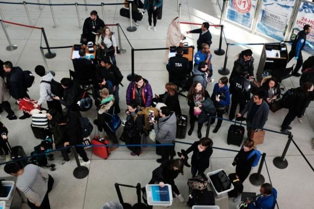 Три германски летища стачкуват заради ниски заплати и лоши условия на труд