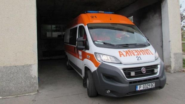 Жена беше пометена от бус и загина на място в Русенско