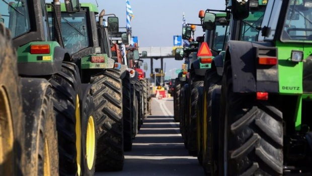 Гръцките фермери излизат на протест