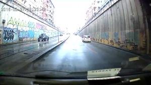 Снимка: Само днес: Затварят тунела под НДК за коли заради тролей