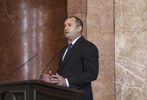 Държавният глава Румен Радев изрази съболезнования на своя македонски колега