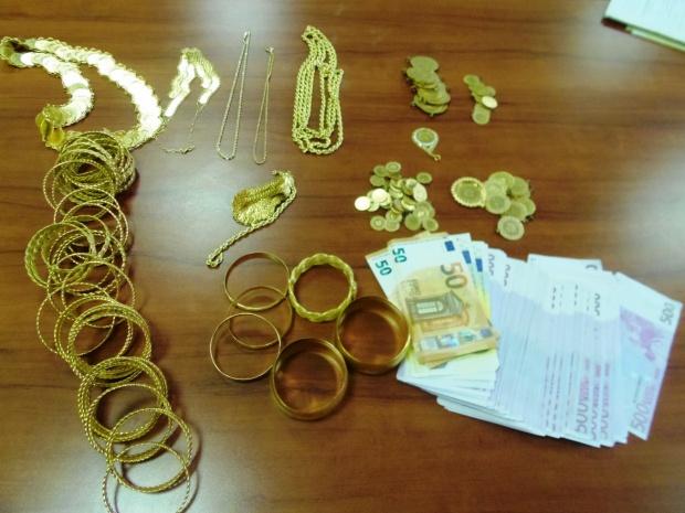 Спипаха контрабандни злато и валута на МП Калотина