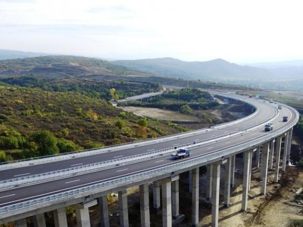 """АПИ не е възлагала изпълнението на никакви дейности по трасето на магистрала """"Струма"""""""