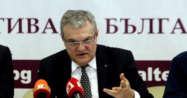 """Румен Петков изрази безпокойство по изграждането на втората тръба от """"Турски поток"""" през България"""