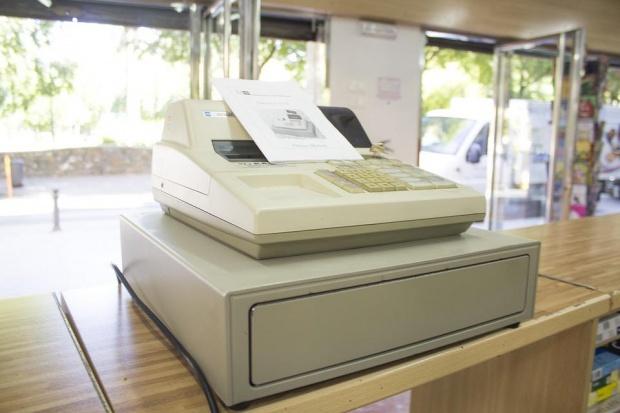 Бизнесът иска удължаване на срока за касовите апарати
