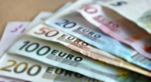 Продажбите на дребно веврозонатаи в ЕС отскочиха рязко през януари,