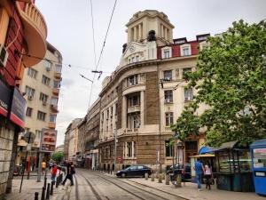 """Снимка: Събират подписка за смяна на името на емблематичната улица """"Граф Игнатиев"""""""