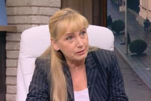 Елена Йончева спечели тежка вътрешнопартийна битка срещу лидера на ПЕС