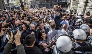 Ескалация на напрежението в Сърбия. Стигна се до сблъсъци между