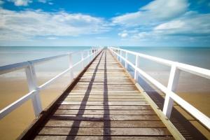 На прага на новия летен туристически сезон отново има недостиг