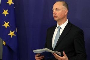 Министърът на транспорта, информационните технологии и съобщенията Росен Желязков изпрати