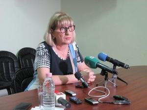 Министърът на правосъдието Цецка Цачева ще подаде оставка заради купения