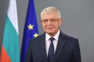 Министър Ананиев ще проведе разговори с народните представители по отношение