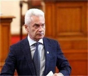 Не очаквам трусове след напускането на Цветан Цветанов, заяви председателят