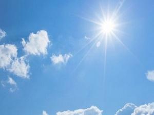 Снимка: Слънчево и топло