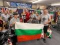 Трикратната шампионка Дейзи Ланг подкрепи братя Пулеви