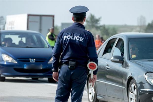Сливен: Близо 1000 нарушения на ЗДвП са установени за една седмица в областта