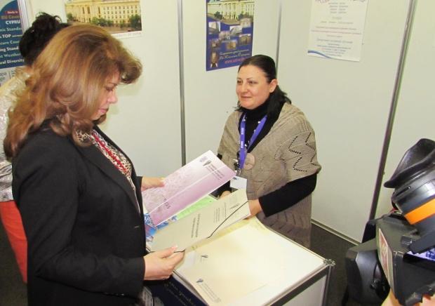 Вицепрезидентът: Образованието и работодателите трябва да гарантират на младите успешна кариера в България