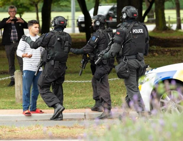 Oбвиниха заподозрения за нападенията в Нова Зеландия