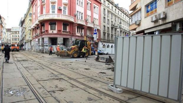 """Ремонтът продължава: Затварят част от """"Графа"""" до април"""