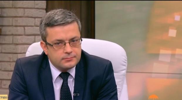 За ГЕРБ не е от значение кой ще бъде начело на листата на БСП, заяви Тома Биков