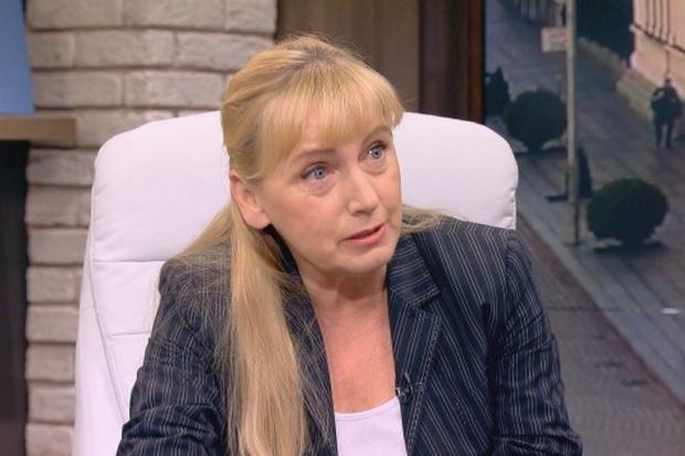 Елена Йончева надви Станишев и стана водач на евролистата на БСП