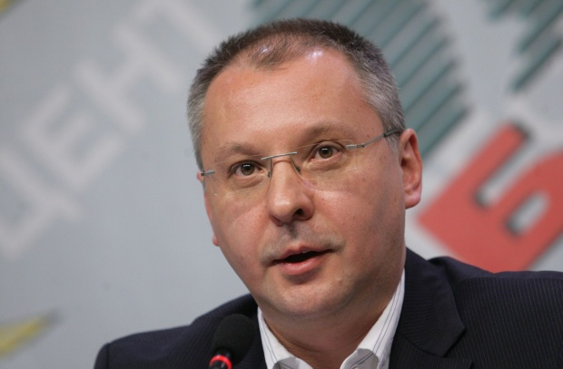 Сергей Станишев поздравил Елена Йончева за резултата