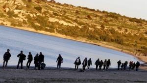 Правоохранителните органи са заловили 950 незаконни мигранти в северозападна турска