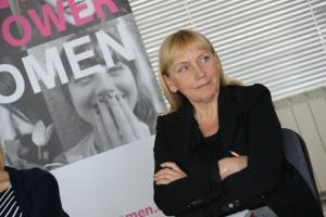 Снимка: Йончева: Големият проблем, свързан с насилието над жени, е бедността