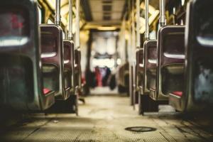 Снимка: Пътник в автобус e с опасност за живота след рязко спиране
