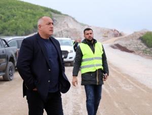 Министър-председателят Бойко Борисов направи инспекция на строителните дейности при участъка