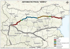 """Ремонти по магистралите""""Тракия"""" и """"Хемус"""" затрудняват движението. За улеснение на"""