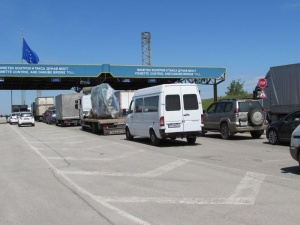 Десетки хиляди румънци се очаква да пристигнат в България по