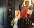 Елена Йончева в Троянския манастир за Цветница