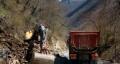 Започна аварийното укрепване на пътя за Рилския манастир