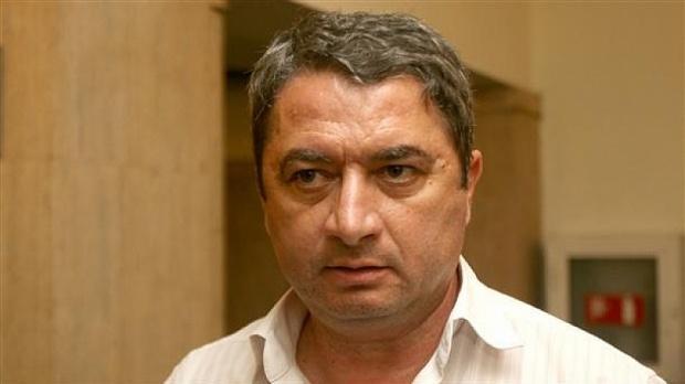 Емануил Йорданов: Докато проблемите с циганската общност се замитат под килима, ще има напрежение