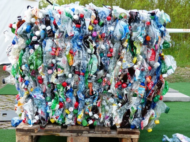 Европейския съюз забрани пластмасата