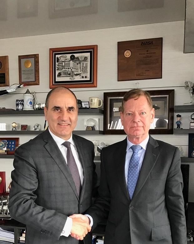 """Цветанов проведе работна среща с ръководителя на софийското бюро на Фондация """"Конрад Аденауер"""" Торстен Гайслер"""