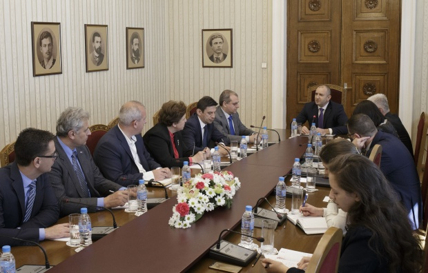 Радев: България трябва да има  готови за строителство инфраструктурни проекти