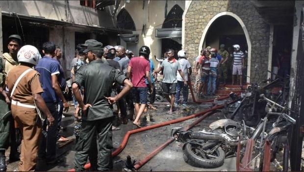 Загиналите при атентатите в Шри Ланка станаха 359