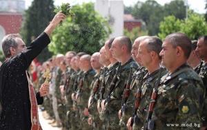 Заместник-министърът на отбраната Атанас Запрянов и заместник-началникът на отбраната генерал-лейтенант