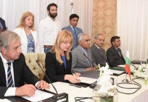 Пакистан е наш значим икономически партньор в Азия. През последните
