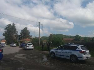 13-ден продължава акцията по издирването на заподозрения в две убийства